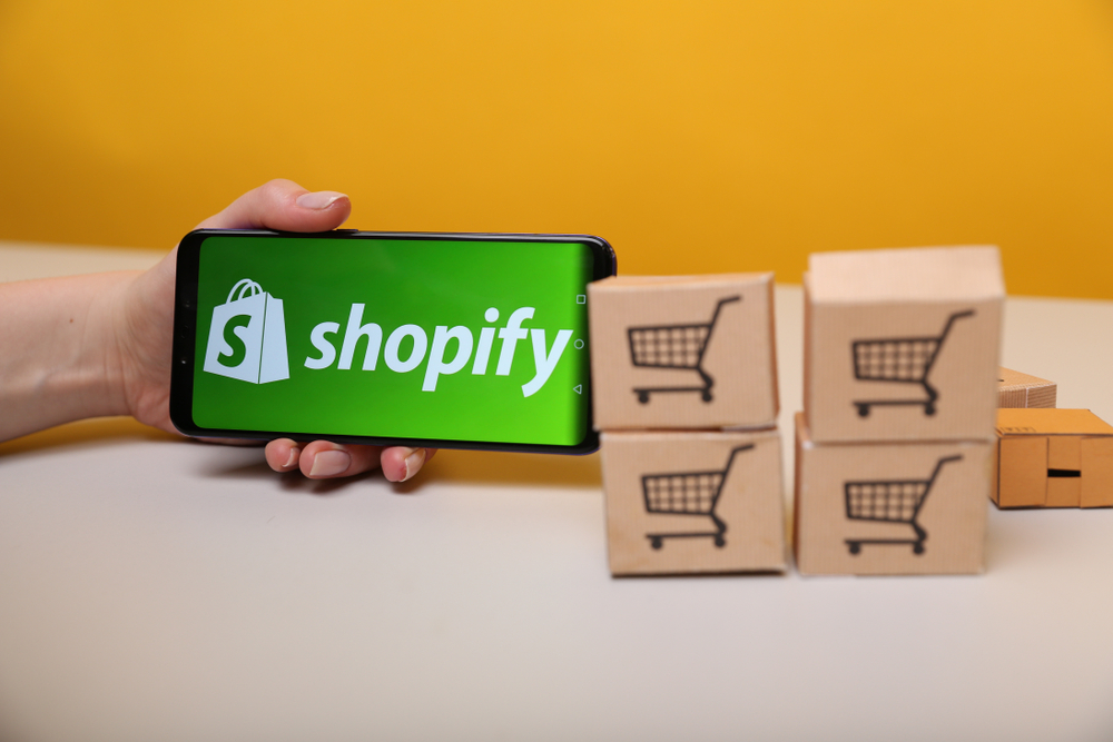 3 Reasons to Move Your Magento 1 Site to Shopify